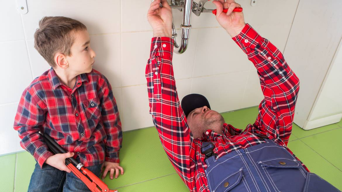 7 Questions to Ask Before Hiring a Plumber in Howell, MI